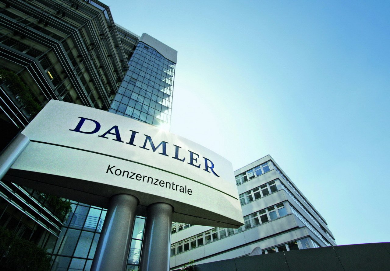Daimler internships get passionate about a future full of for Mercedes benz germany careers